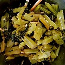 凉拌芹菜―加芹菜叶
