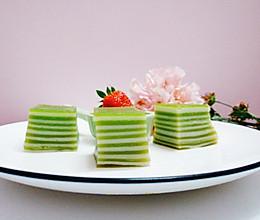 #做道懒人菜,轻松享假期#抹茶椰汁千层糕的做法