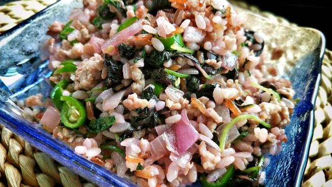 懒人福利——苋菜肉碎炒饭的做法