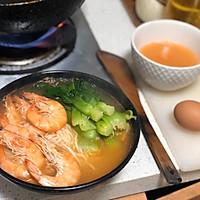鲜虾青菜面的做法图解5