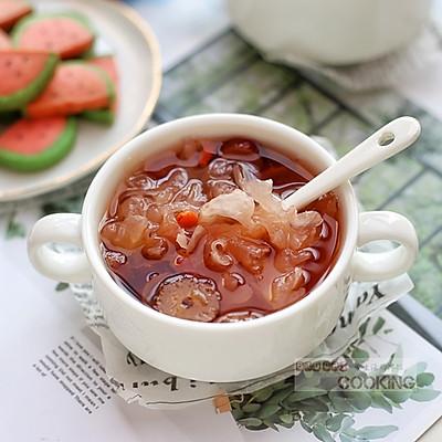 草莓红枣银耳羹