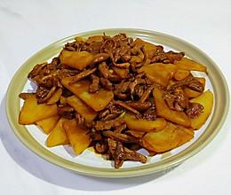 酱肉土豆烧蘑菇的做法