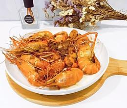 蒜蓉油焖椒盐罗氏虾(家常快手菜)的做法
