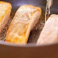 焦糖三文鱼的做法图解4