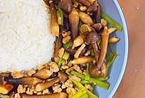 #巨下饭的家常菜#鸡枞菌炒肉碎饭的做法