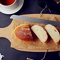 蛋白奶香面包