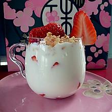 自制水果酸奶