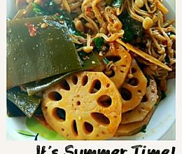 秋日小食——麻辣藕片,金针菇,海带的做法