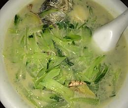 黄瓜鲫鱼汤的做法