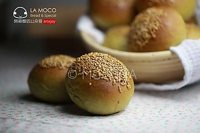 朴素清新-抹茶蜜豆小面包
