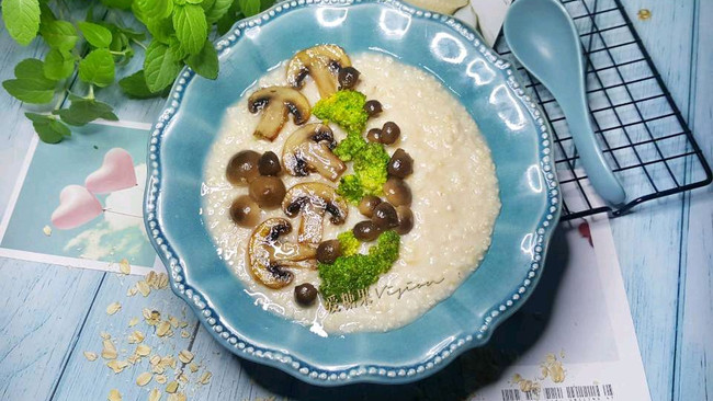 菌菇燕麦粥#秋天怎么吃#的做法