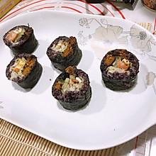 黑米紫菜饭团