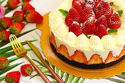 草莓酸奶芝士慕斯蛋糕