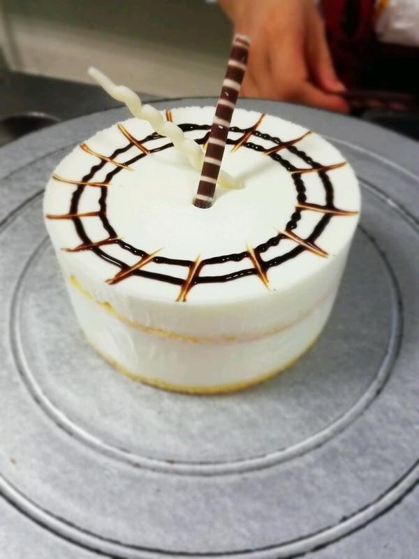 酸奶奶酪慕斯蛋糕的做法