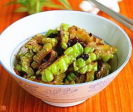 #夏日素菜#蒜茸豆豉苦瓜的做法