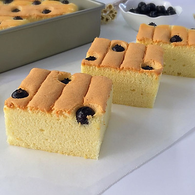 蓝莓戚风蛋糕
