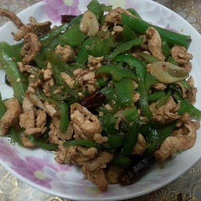 辣椒炒鸡脯肉