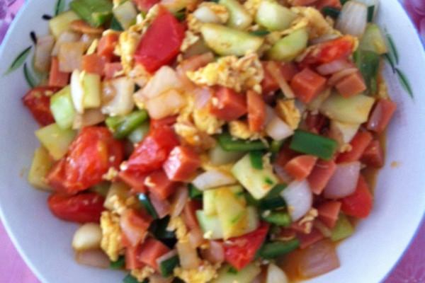 西红柿黄瓜炒鸡蛋的做法
