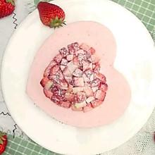 爱心草莓慕斯