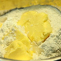 最经典~蛋黄酥,好吃到根本停不下来~#长帝烘焙节#的做法图解6