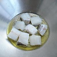 鳕鱼豆腐汤——冬季暖身的做法图解3