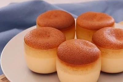 蜂蜜焦糖布丁烧蛋糕
