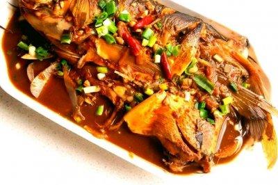 下饭菜~酱炖鲢鱼