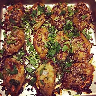 烤鸡翅膀,我最喜欢吃。