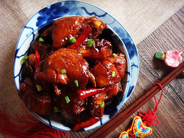 零厨艺也能做出的传统名菜三杯鸡(砂锅版)的做法