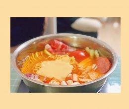 #餐桌上的春日限定#韩式部队火锅的做法