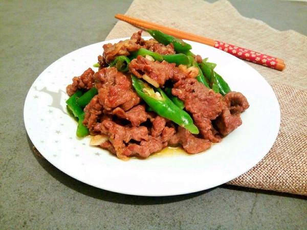 滑嫩青椒牛肉片的做法