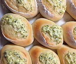 妮妈烘焙——蒜香乳酪包的做法