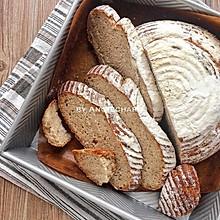 天然酵种黑麦面包
