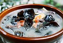 排毒清肠的木耳猪血汤的做法
