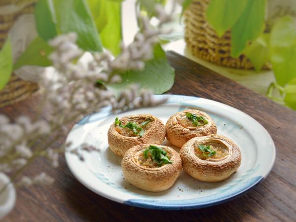 白蘑菇炊藜麦的做法
