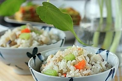 蔬菜糙米饭