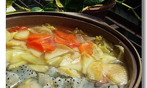 清肠塑身美味佳肴——杂果疏菜煲的做法