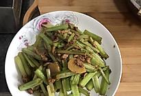 芹菜炒肉丝2的做法