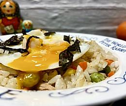 #餐桌上的春日限定#金枪鱼时蔬炒饭的做法