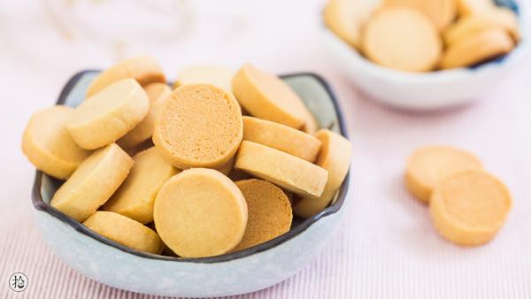 花生奶香饼干