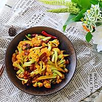 五花肉干煸有机花菜-在家做出饭店的味道#一机多能 一席饪选#的做法图解18