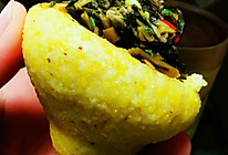 玉米豆渣窝窝头配上外婆菜的做法