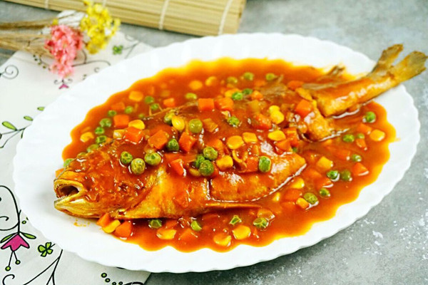 连汤汁都抢光的茄汁烧黄鱼的做法