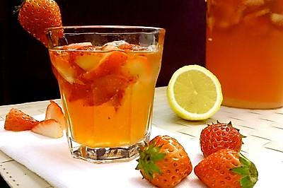 草莓柠檬鸡尾酒