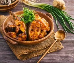 《高阶菜谱》原锅长江鮰鱼的做法