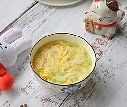 9+宝宝辅食黄瓜鸡蛋面的做法