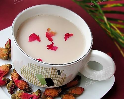 玫瑰花豆浆的做法