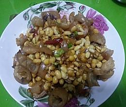 黄豆芽炒肉皮的做法