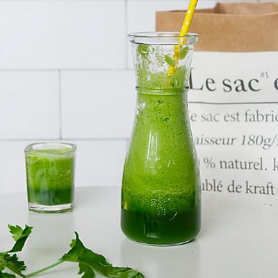 排毒芹菜汁的做法 步骤8