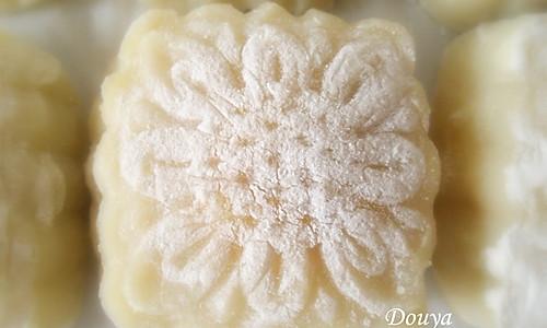 芒果芝士冰皮月饼的做法